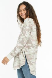z supply Dusty Camo V-Neck Weekender - Front full body