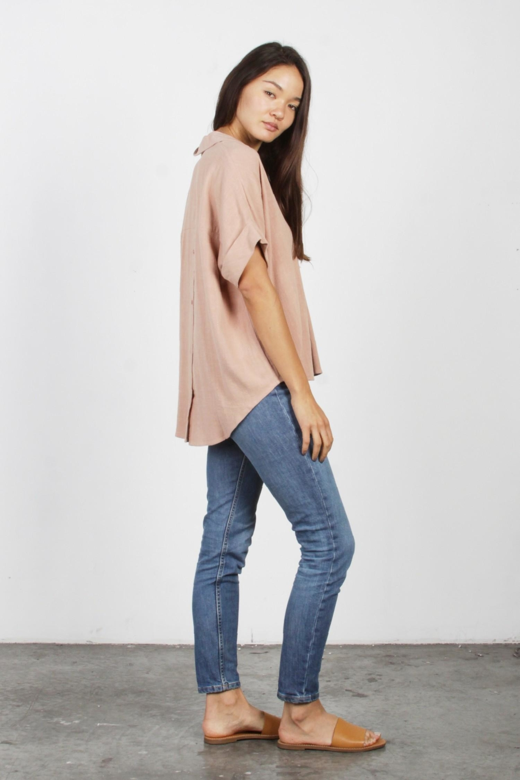 Mod Ref Dusty-Pink Oversized Top - Side Cropped Image