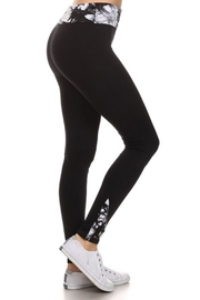 Yelete Dye Trim Legging - Product Mini Image