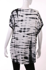 ENTI Dyed Round-Neck Top - Front full body