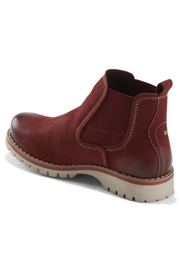 Earth Renier Boots - Front full body