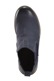 Earth Renier Boots - Side cropped