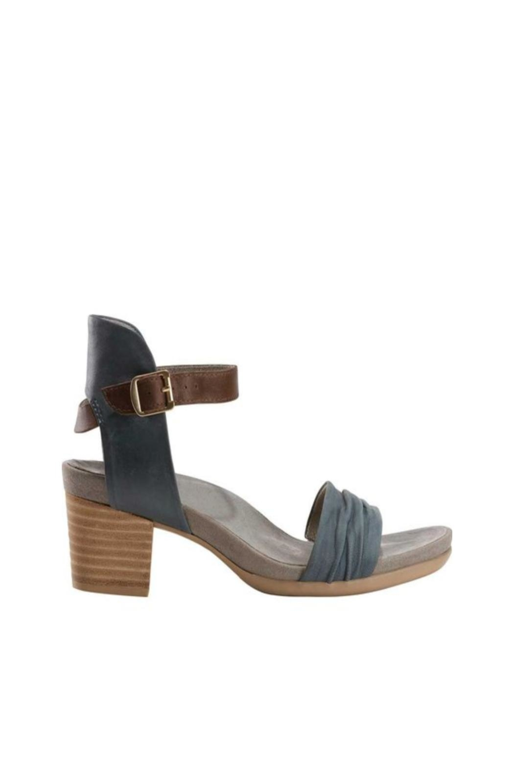 Earth Ivy Leather Sandal - Main Image