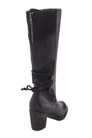 Earth Miles Boots - Side cropped