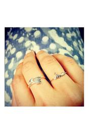 Earthy Chic Arrow Ring - Front full body