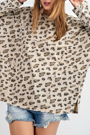 easel Carly Leopard Top - Side cropped