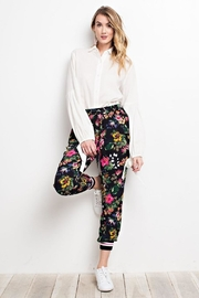 easel Crepe Floral Pants - Product Mini Image