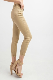 easel Cut-Edge Stretch Jeggings - Side cropped