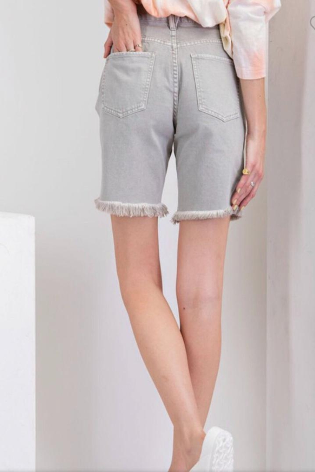 easel Distressed Grey Shorts - Side Cropped Image
