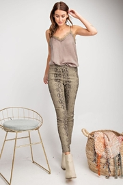 easel Distressed Snake Skin - Front cropped
