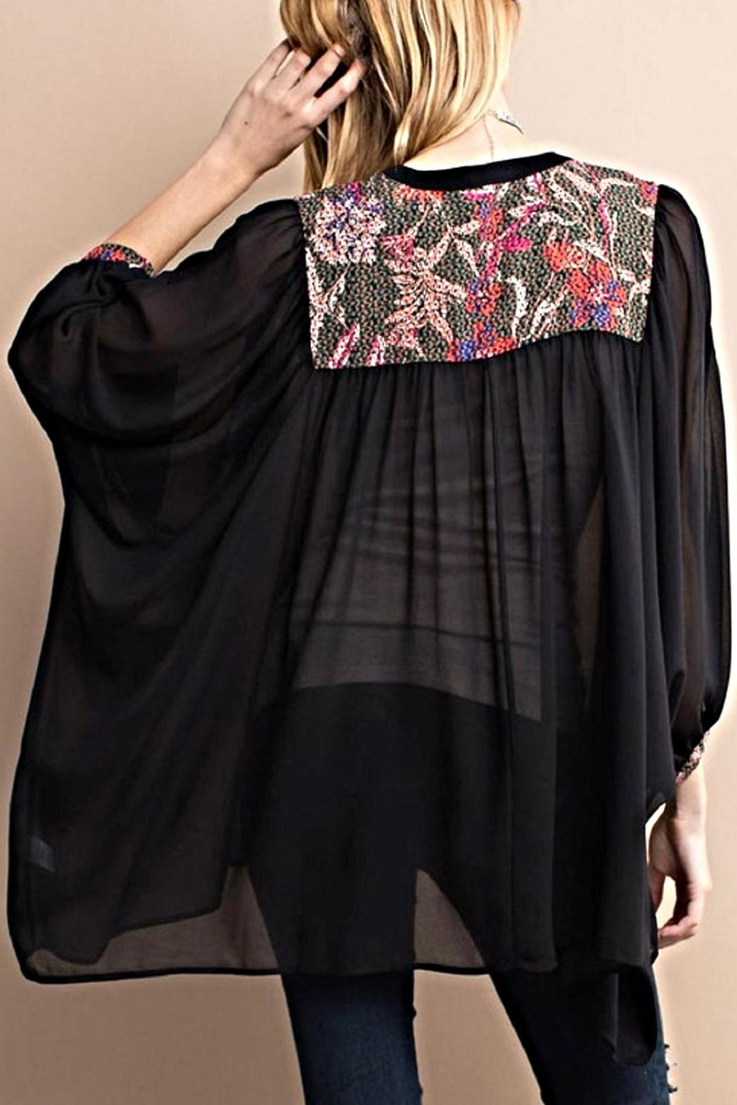 easel Embroidery Detailed Kimono - Side Cropped Image