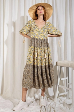 easel Floral Printed Mix n Match Puff Sleeves Ruffled Dress - Alternate List Image