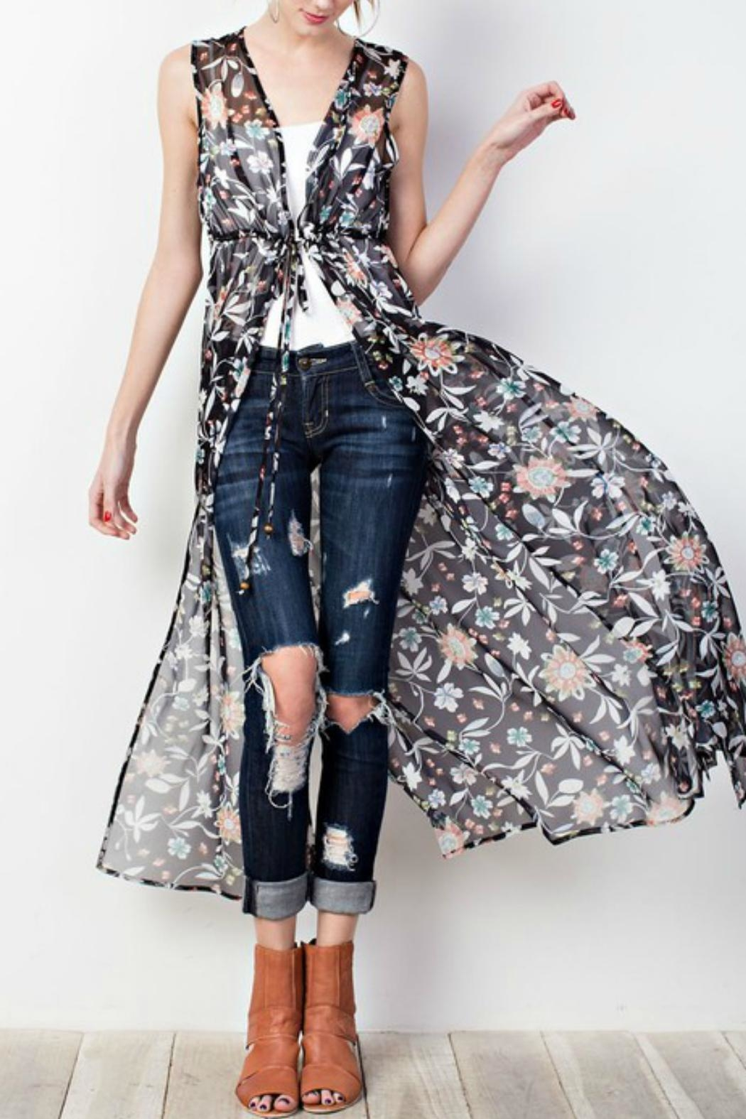 easel Floral Sleeveless Shrug - Front Cropped Image