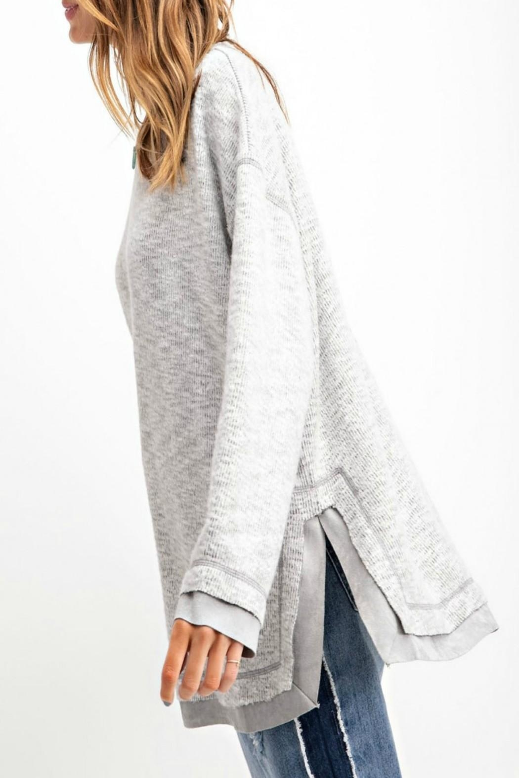 easel Hi-Low Tunic Top - Side Cropped Image