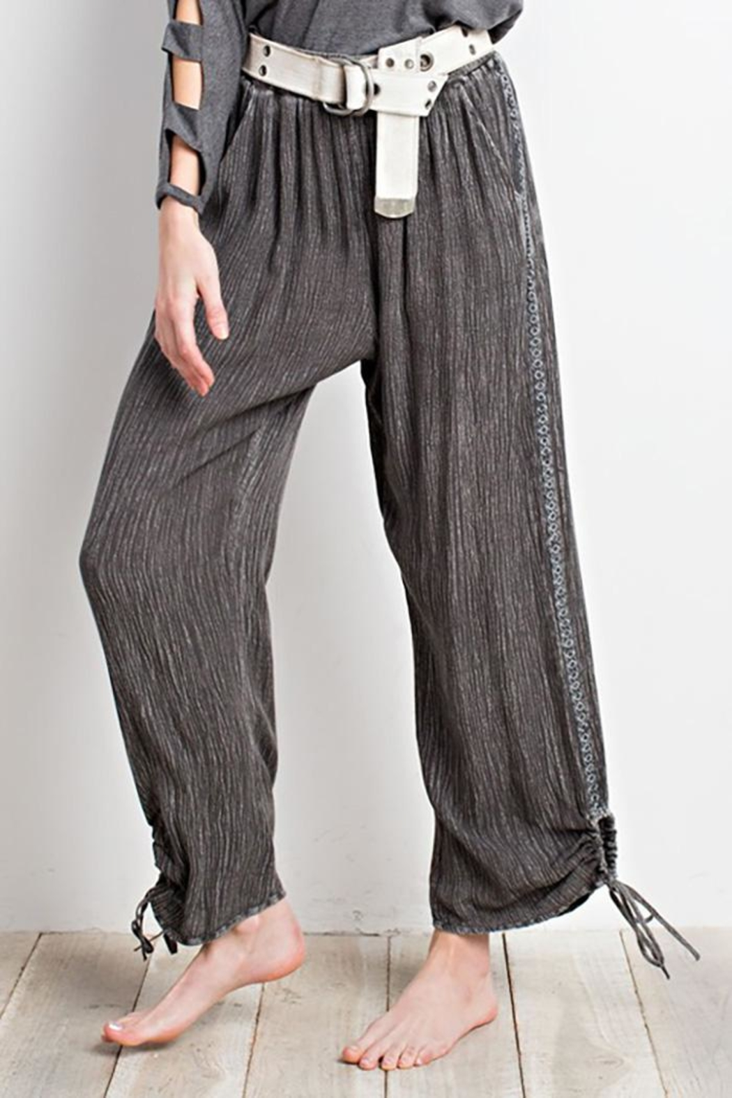 easel Keyhole Side-Tie Pants - Front Cropped Image