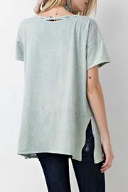 easel Keyhole Tunic - Front full body