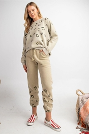 easel Leopard Washed - Front full body