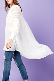 easel Lightweight Lace Tunic - Front cropped