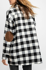 easel Plaid Flannel Top - Back cropped