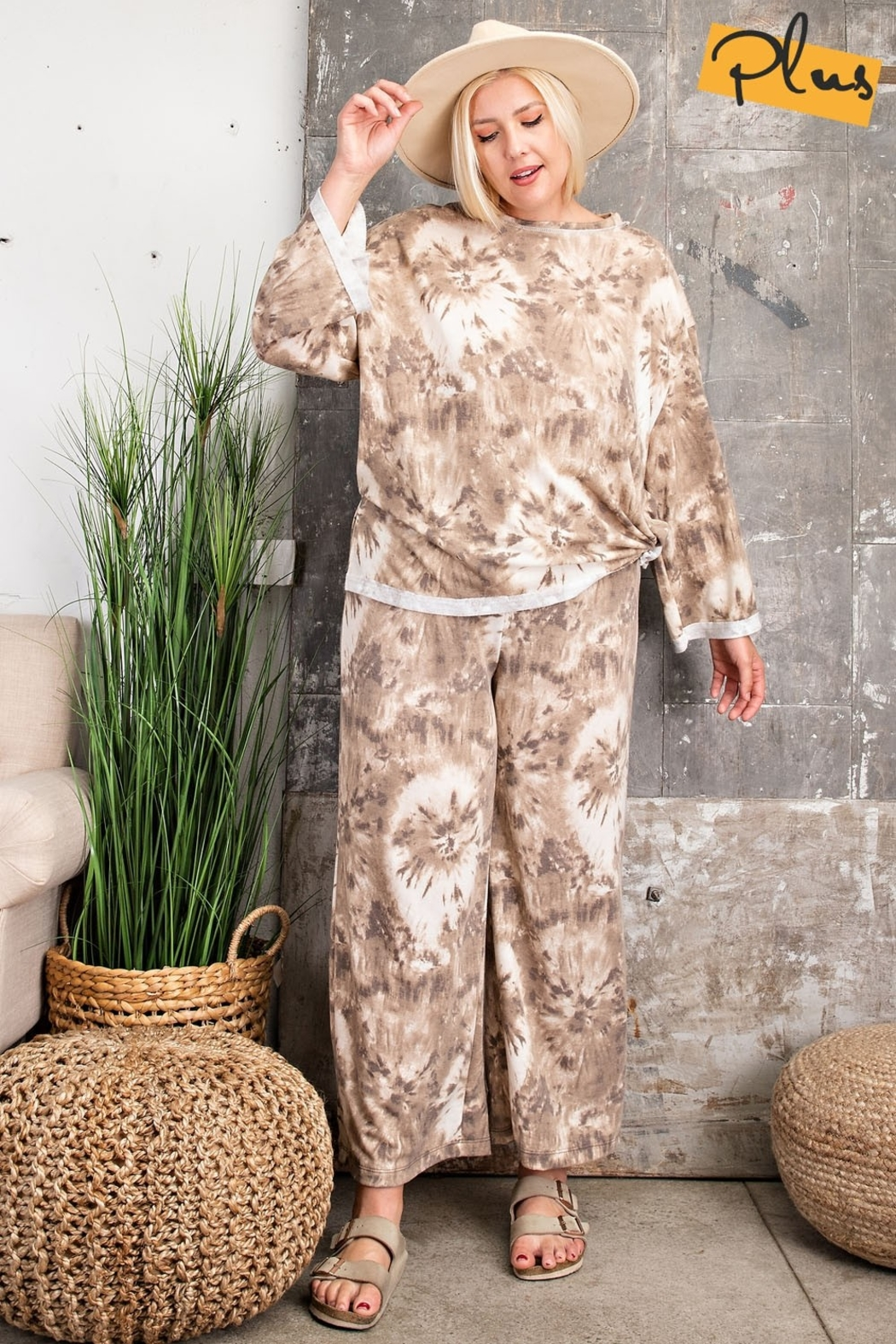 Easel Plus  Slouchy Tie Dye Terry Knit Wide Loungewear Set  Made in USA - Main Image