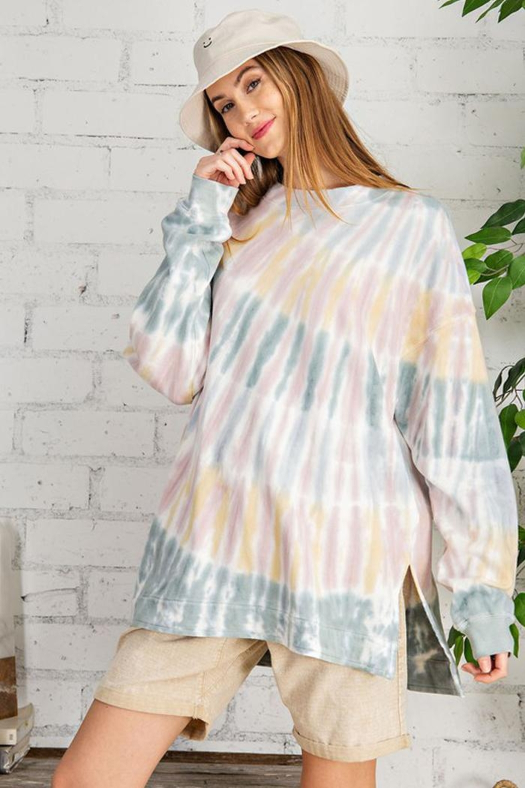 easel Retro Tie Dye French Terry Long Sleeves Pullover Sweatshirt Tunic Top - Front Cropped Image