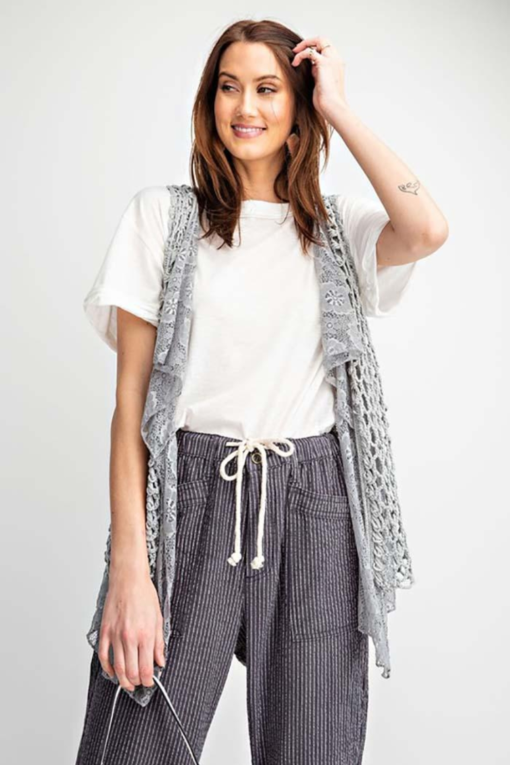 easel Sleeveless Crochet Knitted Lace Layered Vest - Side Cropped Image