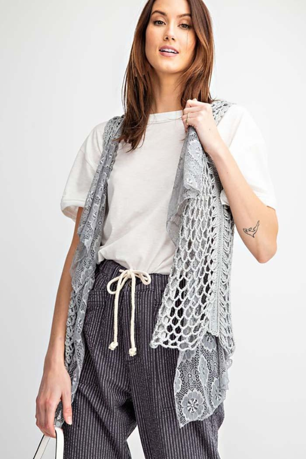 easel Sleeveless Crochet Knitted Lace Layered Vest - Main Image