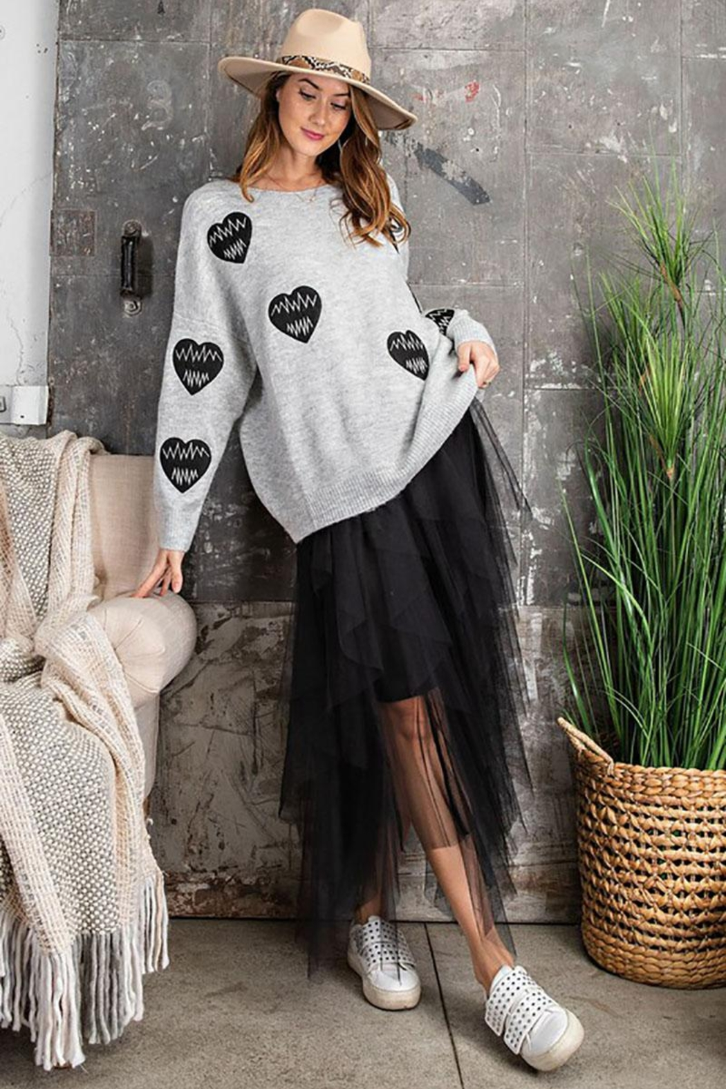 easel Women's Heartbeat Loose Fit Knit Pullover Sweater - Back Cropped Image