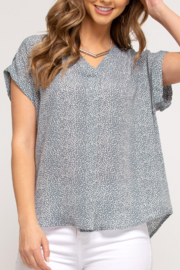 She and Sky Easy Breezy Summer top - Front cropped