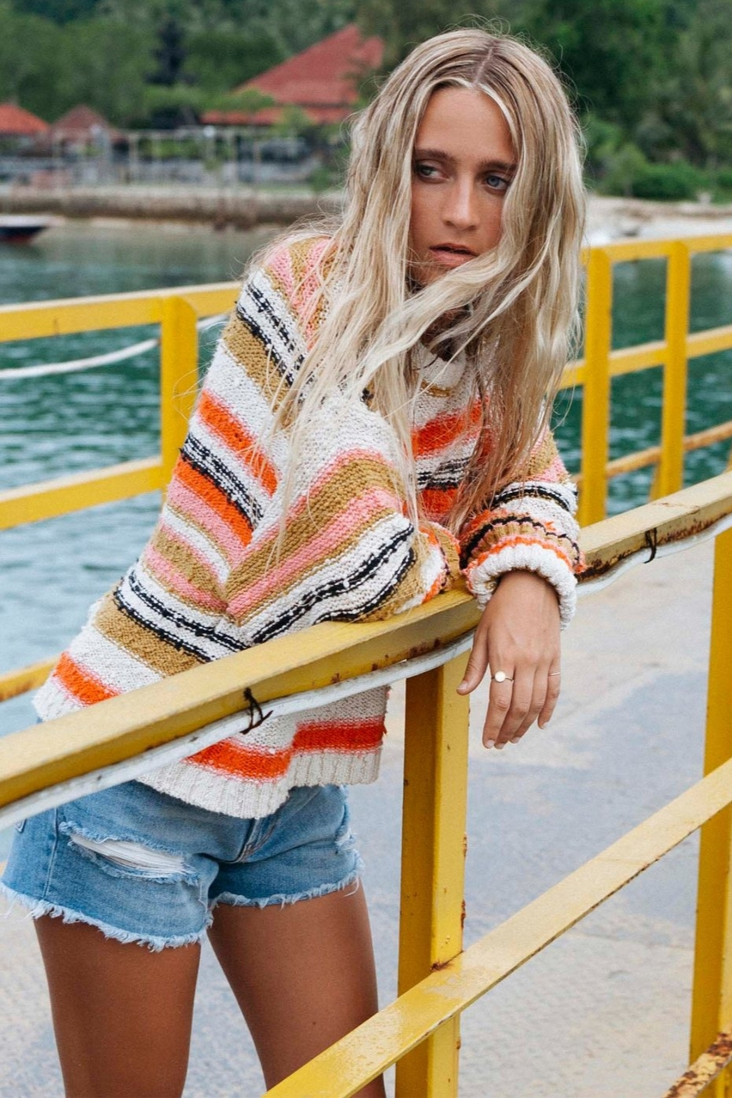 Billabong Easy Going Sweater - Side Cropped Image