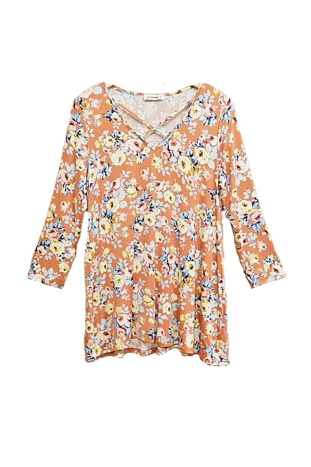 ee:some Peach Floral Top - Front Full Image