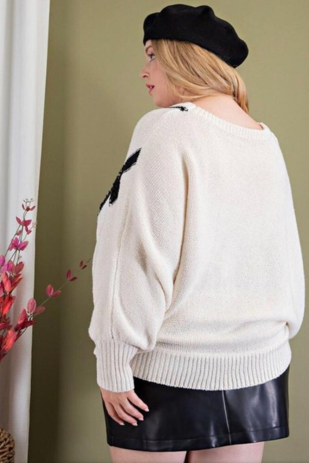 ee:some Textured Plus Sweater - Side Cropped Image