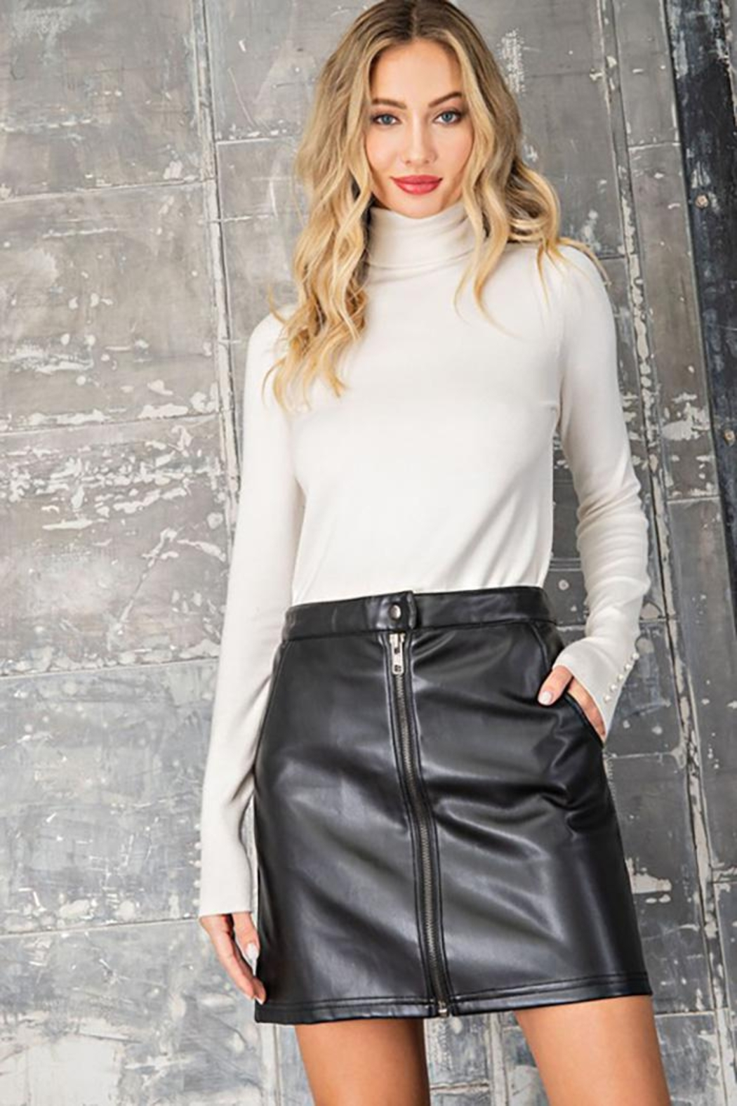 eesome Faux Leather Zipper Mini Skirt - Front Full Image