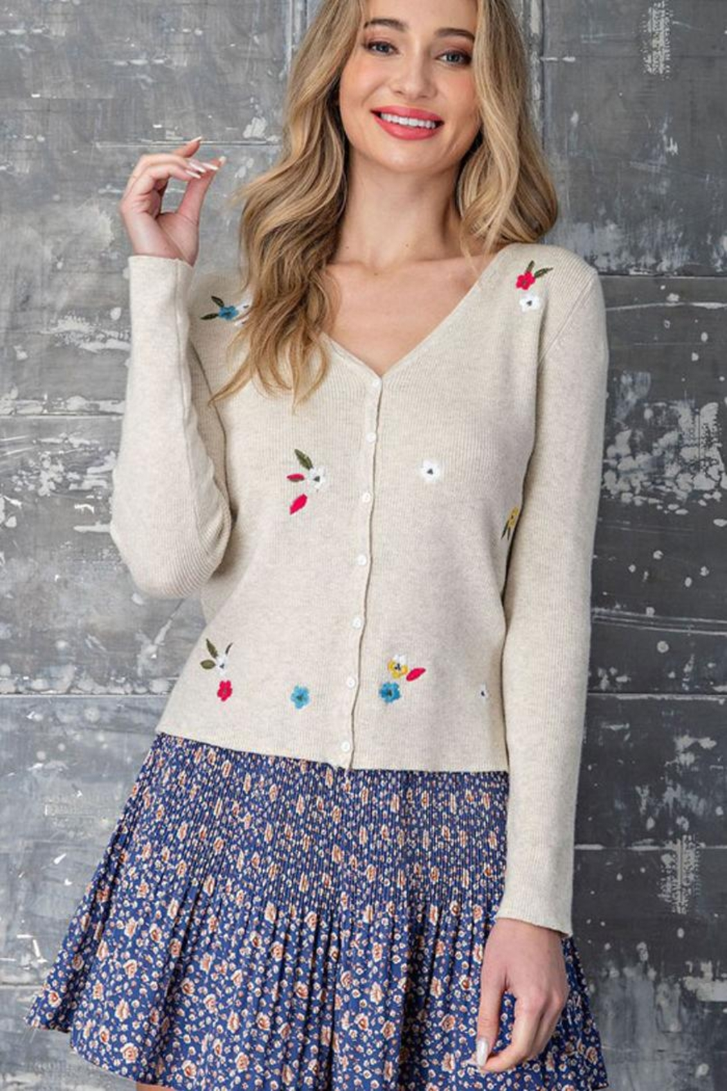 eesome Flower Embroidered Knit Cardigan Top - Back Cropped Image