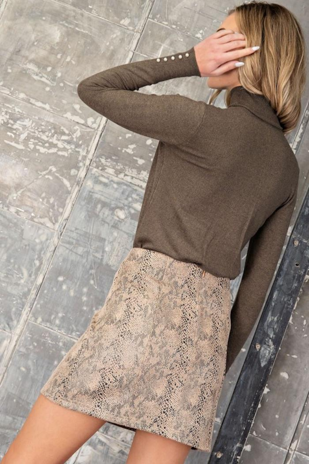 eesome Mighty Python Skirt - Back Cropped Image