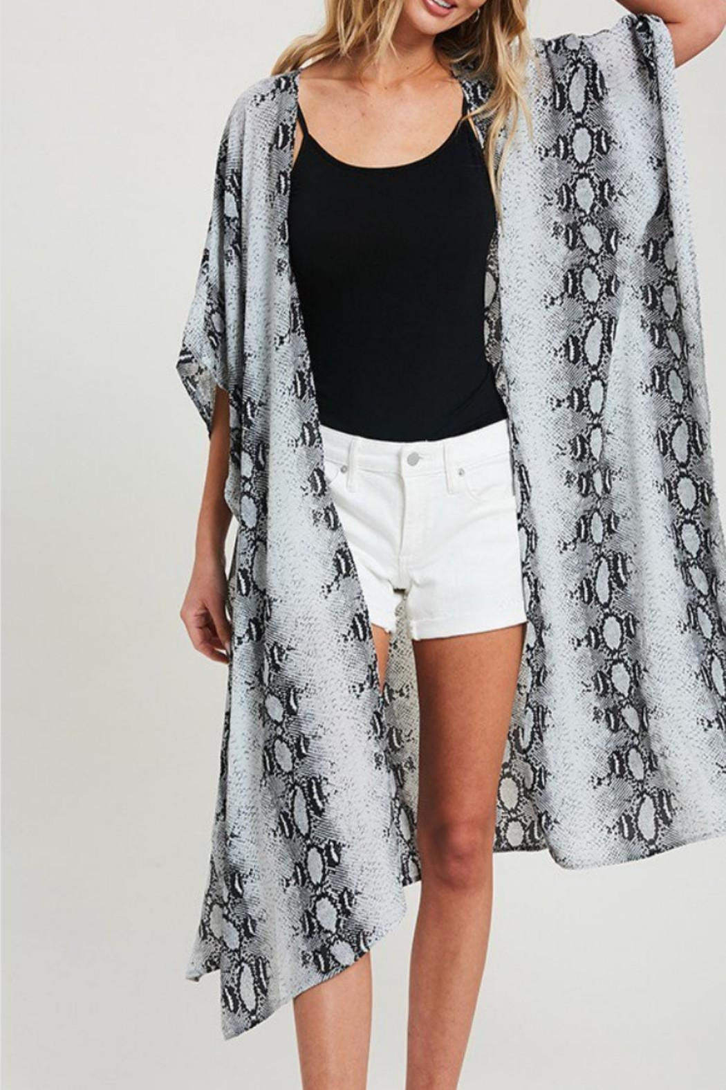 eesome Snake-Print Side-Slit Kimono - Back Cropped Image