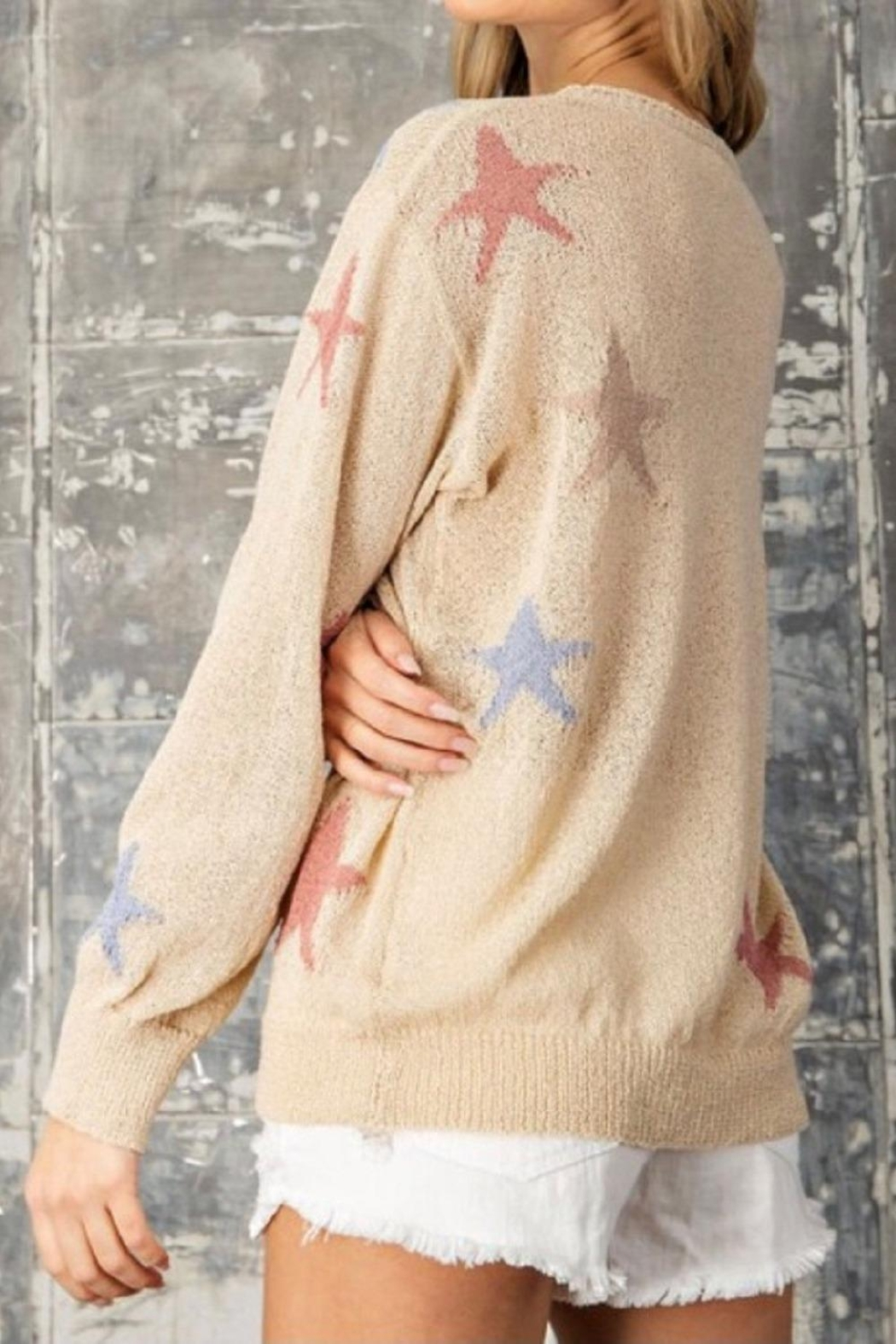 eesome Tan Star Sweater - Side Cropped Image