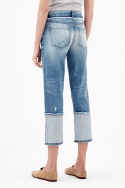 ei8ht dreams Reverse Selvedge Straight Crop - Front full body