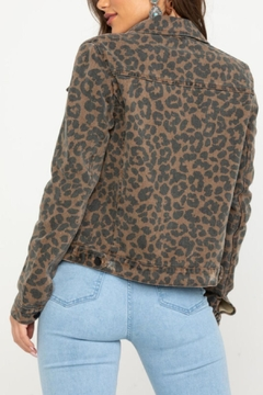Elan Leopard Jean Jacket - Alternate List Image