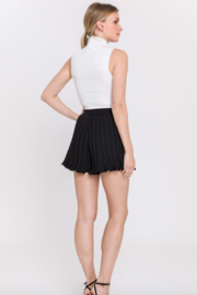 Endless Rose Elastic Waist Pleated Shorts - Side cropped