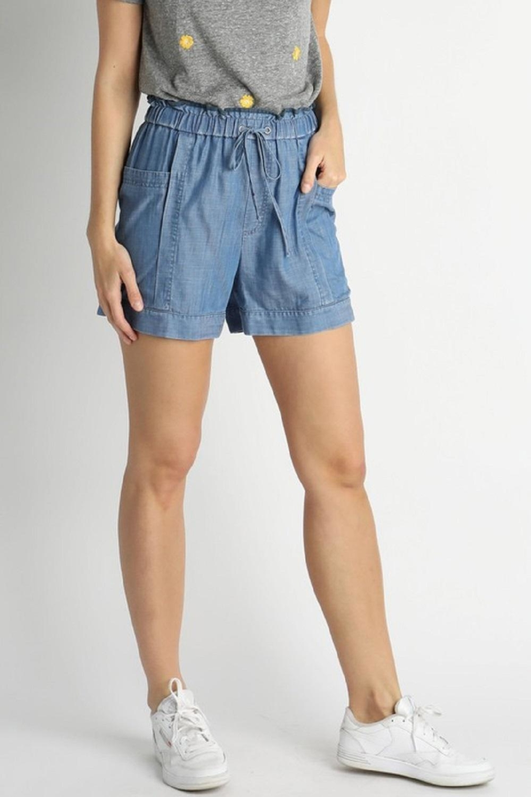 Current Air Elastic-Waist Tencil Shorts - Back Cropped Image