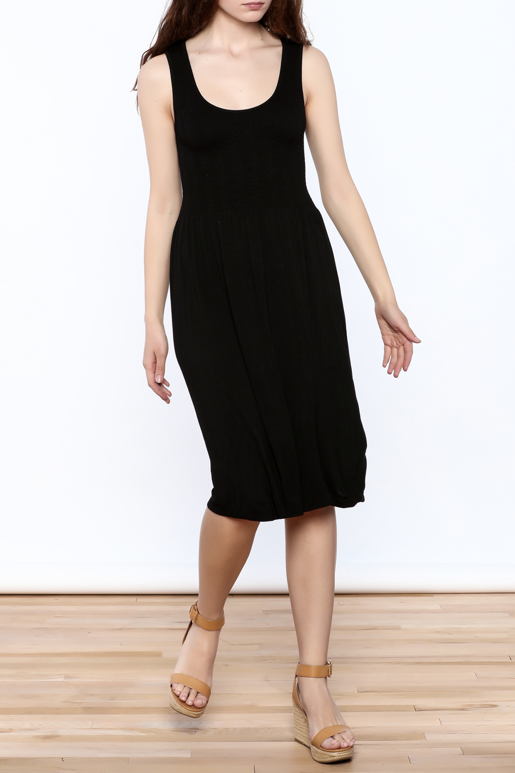 Elietian Sleevless Dress - Front Cropped Image