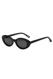 Elizabeth and james Mckinley Sunglasses - Front full body