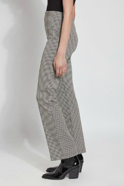Lysse Elysse Houndstooth Bootcut Pull-on Pant - Front full body