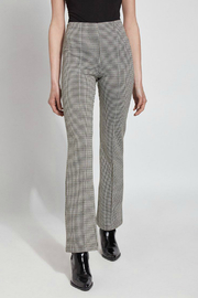 Lysse Elysse Houndstooth Bootcut Pull-on Pant - Front cropped