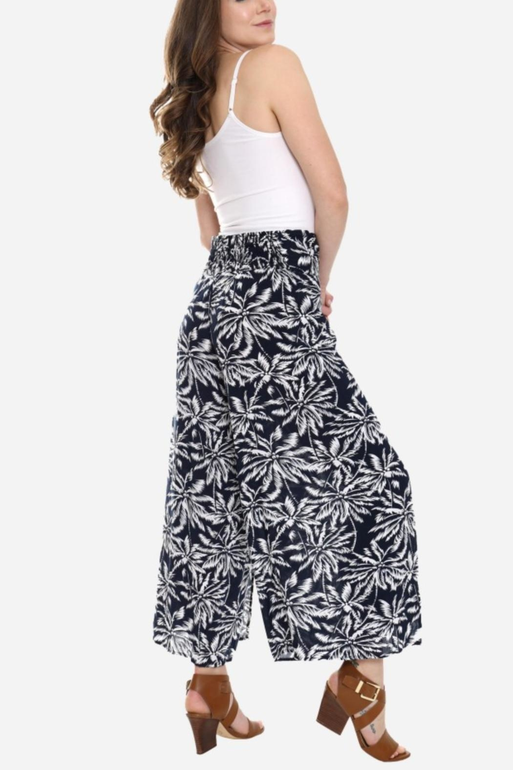 Embellish Black And White Palm Cropped Pants - Front Full Image