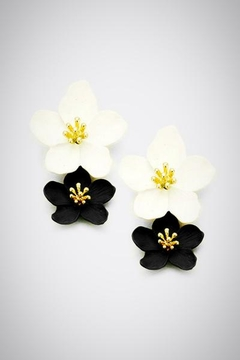 Embellish Double Flower Earrngs - Product List Image