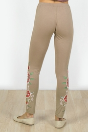 Mur Monoreno Embroidered Beauty Leggings - Front full body