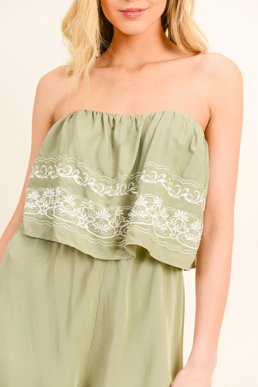 MONTREZ EMBROIDERED BOHO ROMPER - Back Cropped Image