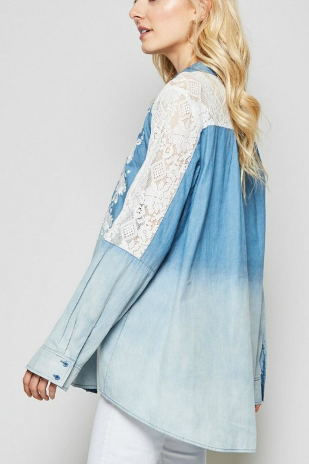 Andree by Unit Embroidered  Button-Down Denim-Shirt - Side Cropped Image